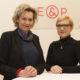 Viktoria Kickinger (Director's Channel) mit E&P-Geschäftsführerin Nicole Bäck-Knapp
