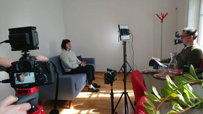 Judith Denkmayr (Addendum), Axel Zuschmann (Ecker & Partner) bei E&P Am Sofa