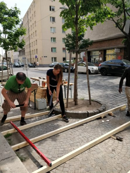 E&P 20 Jahre 20 Taten: Aufbau neunerhaus Grätzloase