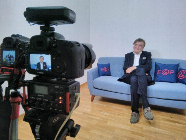 E&P Am Sofa mit Gerald Ganzger